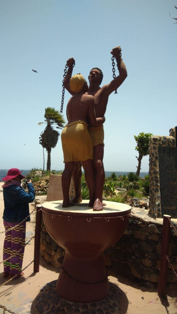 we-sisterhood-dakar-23-goree-statue-liberte-esclaves