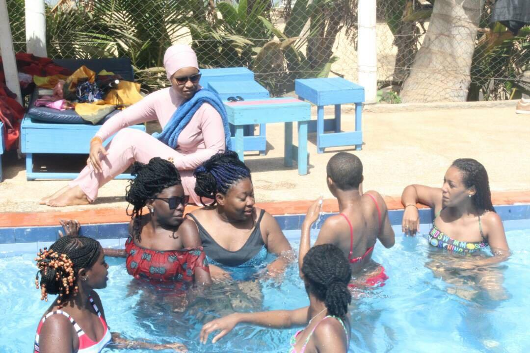 we-sisterhood-dakar-25-lac-rose-retba-groupe-femmes-noires