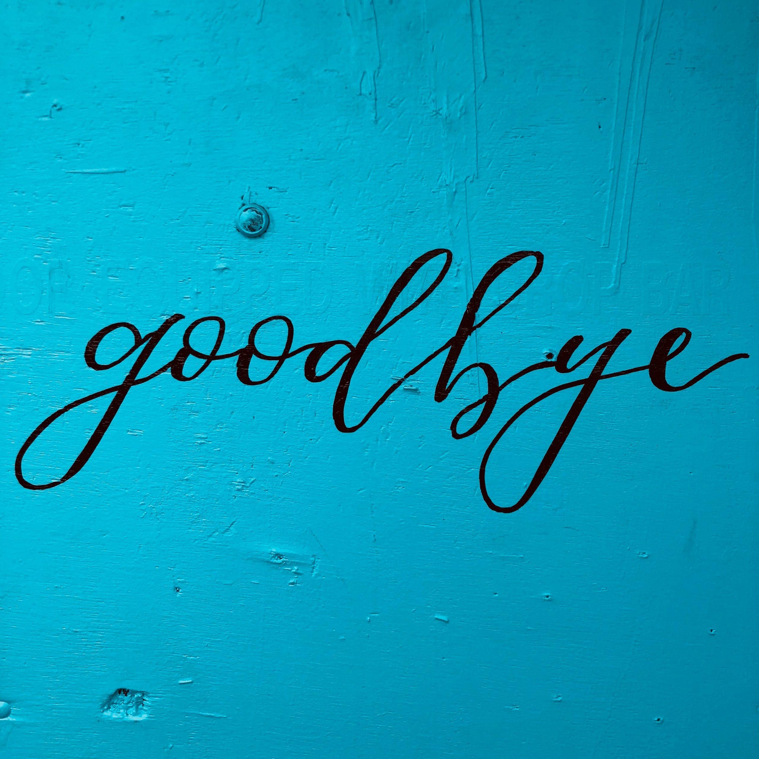 Je reviens pour dire au revoir